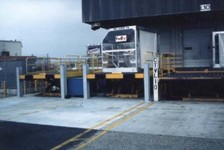 Air Cargo Lifts Handle Large Containers